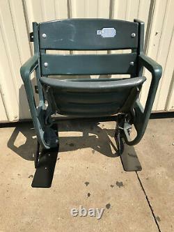 Texas Rangers seats -Globe Life Park Single Riser Mount, Star Logo